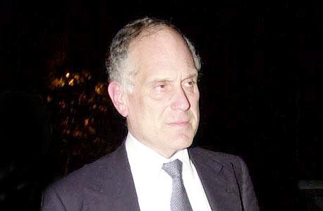 רון לאודר, בעל המניות הדומיננטי בערוץ 10