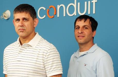 מייסדי קונדואיט דרור ארז (מימין) ורונן שילה