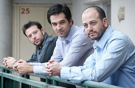 מייסדי גרופר (מימין): יובל קרזבסקי, דורי היללי ודותן סיון. רווח של מיליונים על השקעה של עשרות אלפים