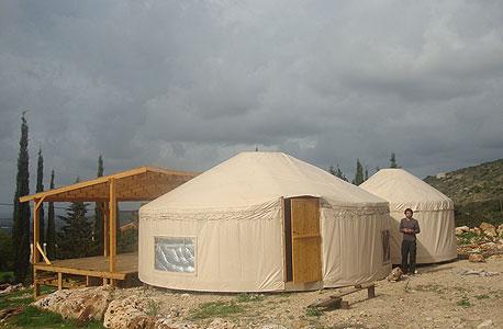 אוהל מונגולי. לא דורש תחזוקה