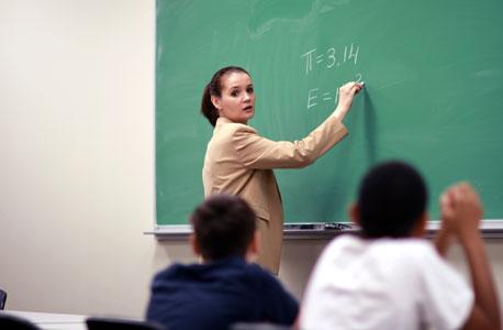 """""""באזורים עניים יותר הכיתות גדולות יותר, וכך בתי הספר החלשים מוחלשים עוד יותר"""""""