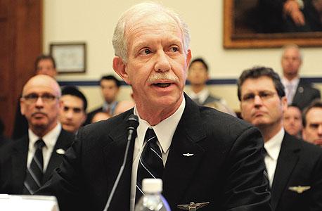 צ'סלי סלנברגר. הטייס הנערץ בארצות הברית חסך לפנסיה במשך עשרות שנים, אבל מכל דולר שחסך נותרו רק כמה סנטים