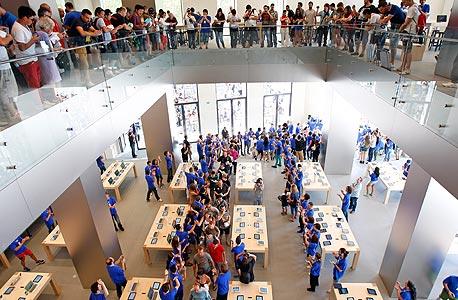 """החנויות של אפל בארה""""ב מציעות את המחירים הזולים ביותר בעולם לאייפון"""