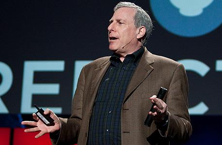 """דה מסקיטה בכנס TED. """"לאנשים אכפת לא רק מהתוצאה של מעשיהם, אלא גם מהקרדיט שיקבלו"""""""
