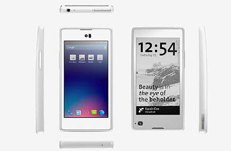 YotaPhone: הסלולרי הרוסי בעל המסך הכפול מגיע לשוק