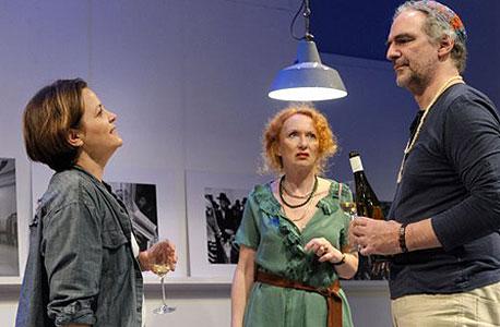 מימין: גורנשטיין, הייזה ופון שוורצה. מחזה שחודר עמוק ללב