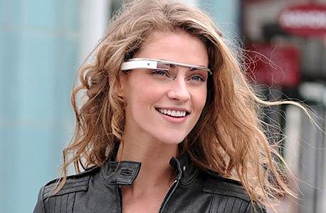 """משקפי גוגל. בקרוב, לא לדוגמניות ומנכ""""לים בלבד"""