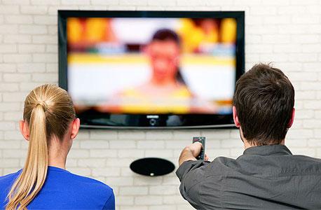 צפייה בטלוויזיה. לא פוגעת בראייה