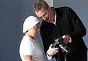 """ריק גוידוטי בפעולה. """"המצולמים ואני עושים חיים לאורך כל הדרך"""", צילום: ריק גוידוטי"""