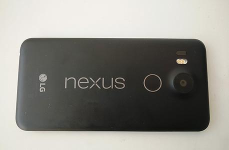 LG נקסוס 5X סמארטפון אנדרואיד, צילום: רפאל קאהאן