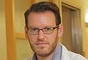 """ד""""ר דניאל גולדשטיין שנאבק נגד  מחיריהן השערורייתיים של תרופות לסרטן"""