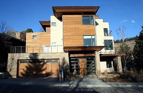 בית Edge בבולדר, קולורדו. מייצר את האנרגיה של עצמו
