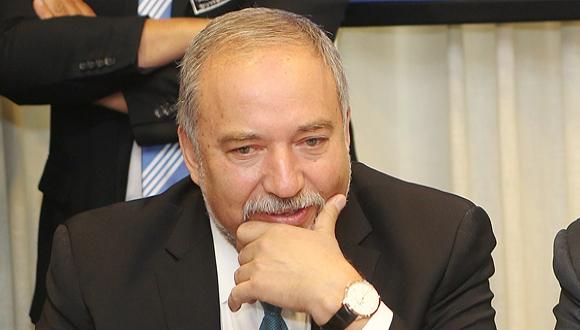 שר הביטחון אביגדור ליברמן, צילום: אלכס קולומויסקי