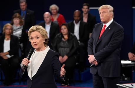 הילרי קלינטון ודונלד טראמפ ב עימות ה שני, צילום: איי פי