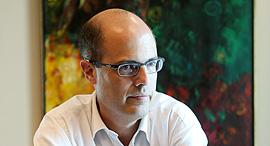 מגזין טכנולוגי 9.11.16 אבי חסון מדען ה רושי, צילום: אלכס קולומויסקי