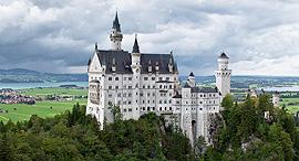 פוטו טירות על צוקים נאוסוונשטיין גרמניה, צילום: wikimedia