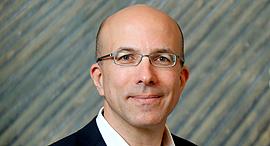 """מגזין מנהלים 28.12.16 חן ליכטנשטיין מנכ""""ל קבוצת אדמה, צילום: עמית שעל"""
