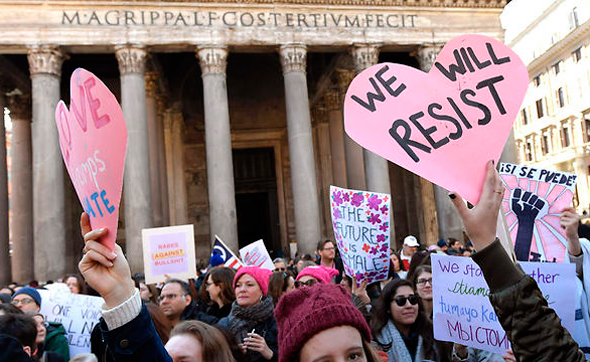 הפגנה נגד דונלד טראמפ ב רומא איטליה, צילומים: אם סי טי