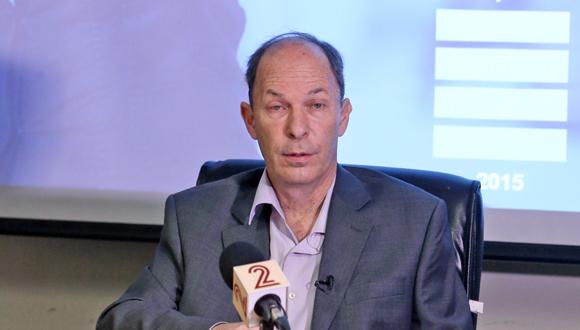 אורי יוגב במסיבת העיתונאים היום, צילום: צביקה טישלר