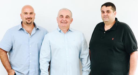 הנהלת טוגדר מימין לשמאל: גיא עטייה, ניסים ברכה, ניר סוסינסקי
