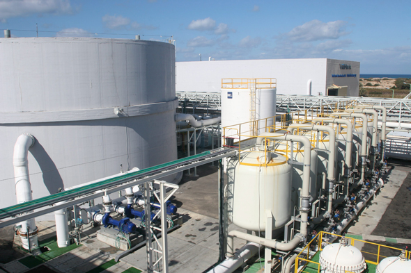 Two Israeli Desalination Plants Violated Water Standards, Forged Data