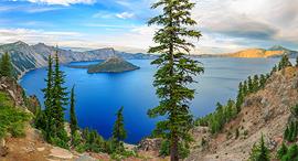 פוטו אגמים במכתש פארק לאומי קרייטר לייק אורגון, צילום: שאטרסטוק