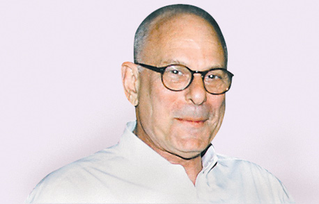 """רמי אונגר.  כפי שעולה מתביעתו, הרקע ל""""מעשי הריגול"""" נגדו נעוץ, ככל הנראה, בהפסד זיכיון הפצת רכבי קיה בישראל שהיה בידיהם משנת 1994 ועד לסוף שנת 2007"""