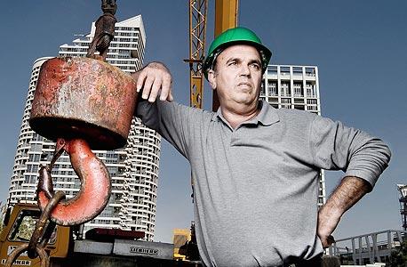 """מאיר דדוש. """"בענף הבנייה יצא לנו, המנופאים, שם של שתקנים"""""""