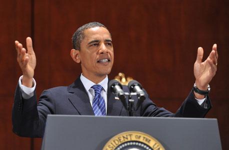 אובמה מקדיש את מירב מאמציו לשכנוע הציבור שהמערכת הבנקאית יציבה ושהמשבר חלף