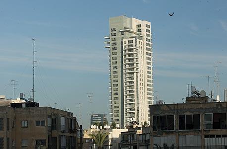 המגדל בבארי-נהרדע