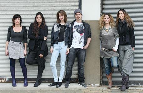 מימין: דנה בלום, עינת סקלסקי, כפיר בנישו, ליהי צבילינגר, ליהי הוד ודניה הלר