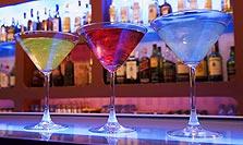 איך להזמין שתייה בבר צפוף