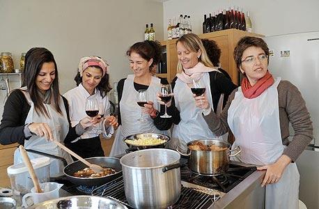 סיור קולינרי וסדנת בישול בשוק מחנה יהודה