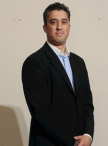 מנשה שמש מייסד גרניט