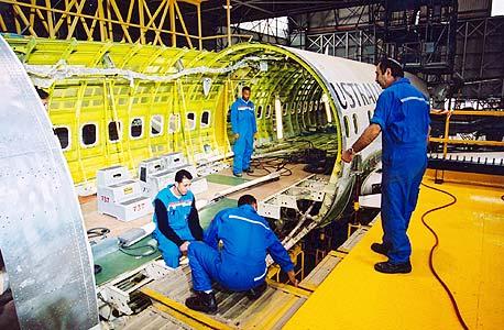 פס ייצור של התעשייה האווירית, צילום: תעשייה אווירית