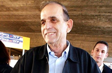 רן כהן, יוזם החוק לדיור ציבורי