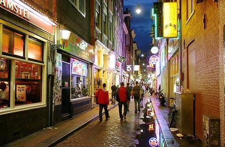 אמסטרדם בלילה. חוויה לילות לאו דווקא ברחוב החלונות האדומים