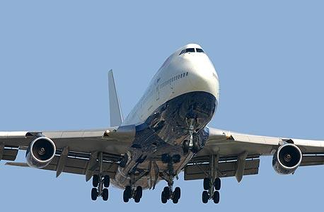 אחת הסיבות לפחד מטיסות היא הצורך שלנו להרגיש בשליטה