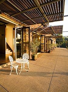 מלון סטונבארן באוסטרליה בתכנון אביבה פ. שפילמן