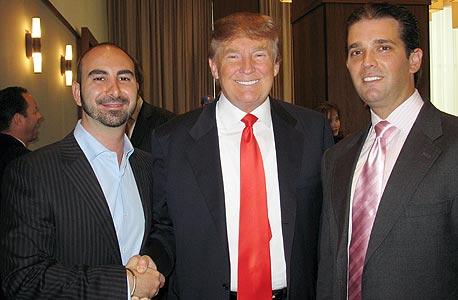 טראמפ עם אלכס ספיר (משמאל)