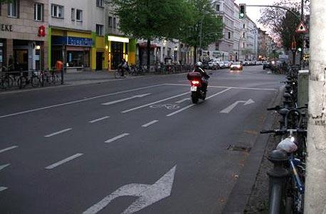 רחוב בברלין. לאן הולכת כלכלת גרמניה?