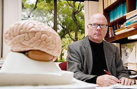 """קולין קמרר. """"כשנבין את המוח נוכל לדעת הכל"""""""