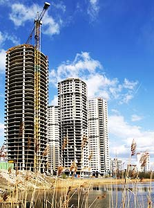 בנייה באוקראינה. ניכרת מגמת עצירה