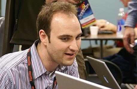 מייק בלצנר, מנהל תחום פיירפוקס במוזילה. אופס, פישלנו