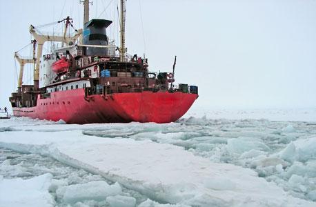 אניה שוברת קרח הקוטב הצפוני קוטב מוסף, צילום: SHUTTERSTOCK