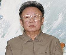 מנהיג צפון קוריאה קים ג'ונג איל. לאזרחים אין חיבור לרשת? לא נורא, לממשל יש חשבון בטוויטר