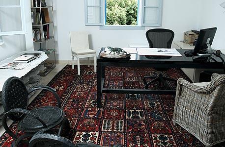 בתוך הבית של פיבקו, צילום: עמית שעל
