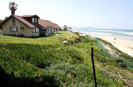 בית בשדות ים