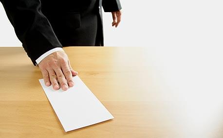 מכתב הפרידה שלכם ממקום העבודה מעיד עליכם הרבה כעובדים, צילום: shutterstock