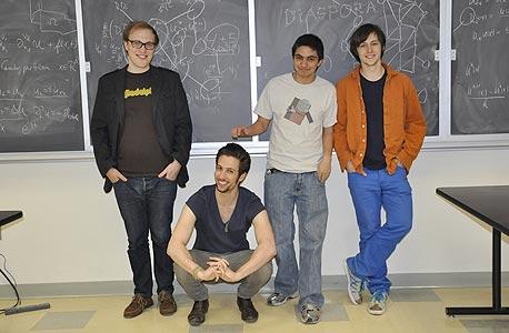 מייסדי דיאספורה: מקסוול זלצברג, איליה ז'יטומירסקי, דניאל גריפי ורפאל סופיר